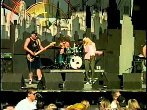 Sublime - Saw Red with Gwen Stefani (live) [no edit!!!]