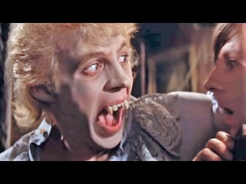 The Fearless Vampire Killers: Funny Chase Scene (1967)