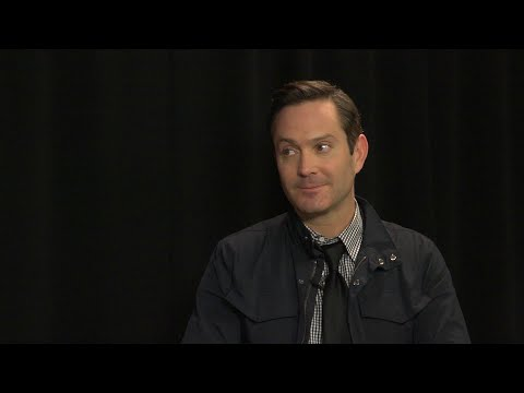 Thomas Lennon Plays Sock Or Hat (Game Show)