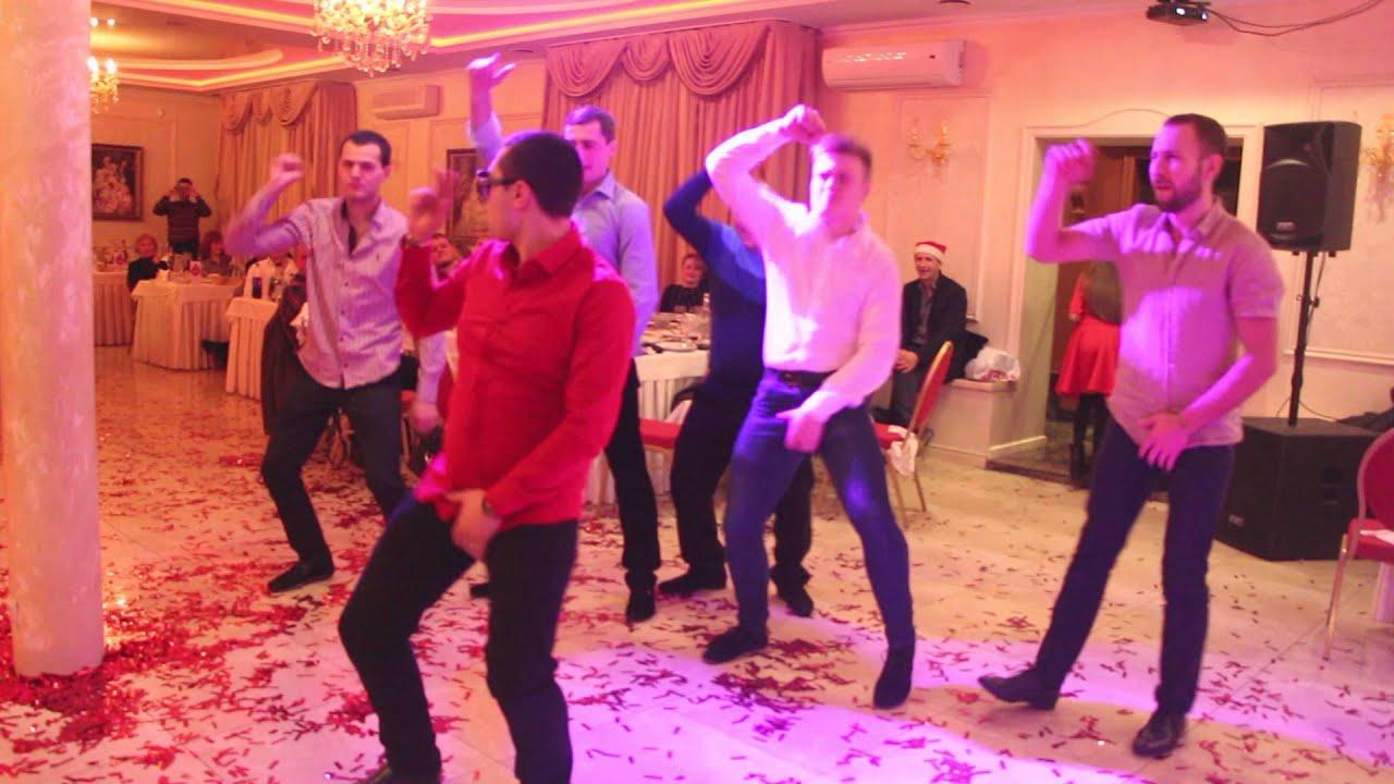Шикарный Новогодний танцевальный конкурс/Cool New Year's dance competition arthall.od.ua