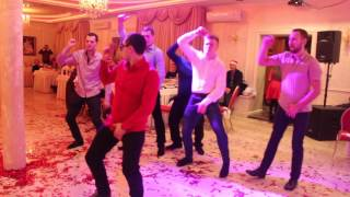 Шикарный Новогодний танцевальный конкурс arthall.od.ua