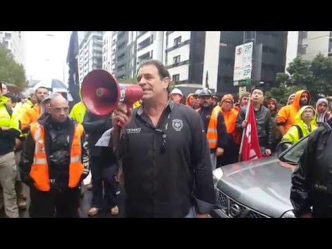 John Setka talks to rally about unpaid workers on Lend Lease Bendigo Hospital job