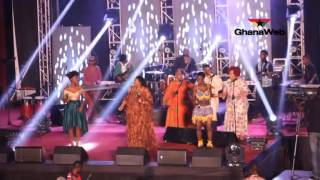 Yvonne Chaka Chaka, Wiyaala and Becca perform together at African Legends Night