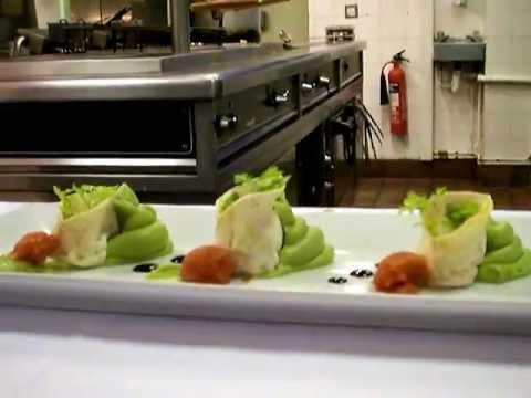 George Hotel Wallingford - a la carte menu - delicious devon crab tortellini.MOV