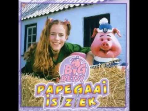 Big & Betsy   Papegaai Is Ziek