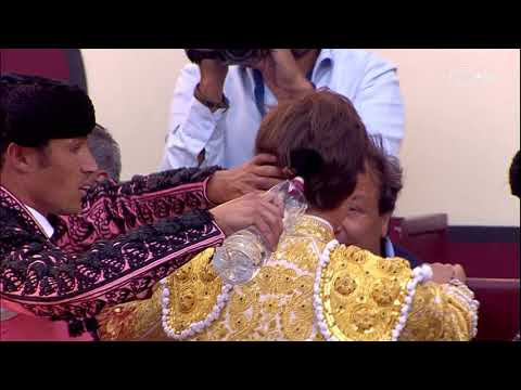 El escalofriante momento en que el torero Juan Leal recibe una cornada en el recto