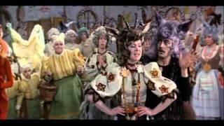 """16 - На ярмарке (Дуэт Волка и Козы) (из фильма """"Мама"""", 1976)"""