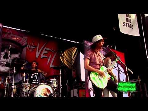 IntroBesitos  Pierce the Veil  Warped Tour 2012