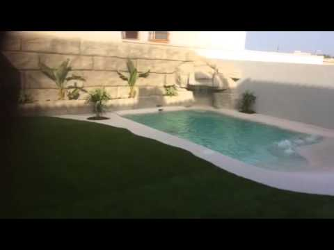 Piscina de arena con cascada youtube for Piscinas de arena