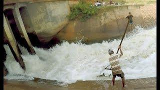 Khmer Real Life Fishing At Siem Reap Cambodia -Cambodia Traditional Fishing