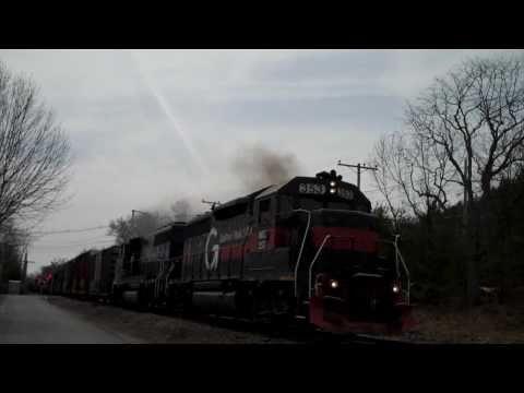 PAR Train ED495 Throttles Up Through Westford, MA. - 4/10/11