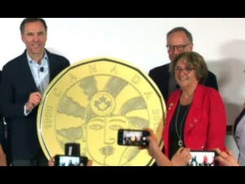 Canadian Gov't Issues New 'Two-Men-Kissing' Dollar Coin