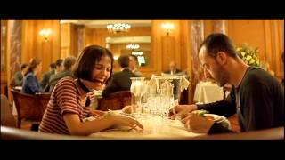 Natalie Portman laughing in Leon The Professional