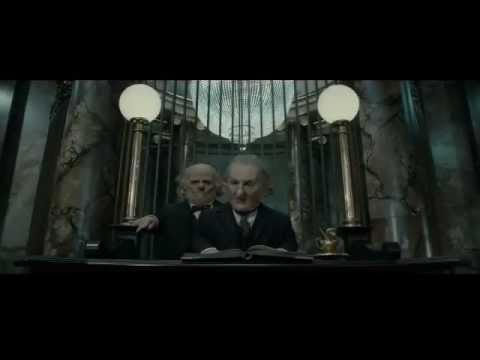 Harry Potter And The Deathly Hallows Part 2 Gringotts And Goblins Featurette Spot Youtube Harry potter and the sorcerer's stone, 2001. youtube