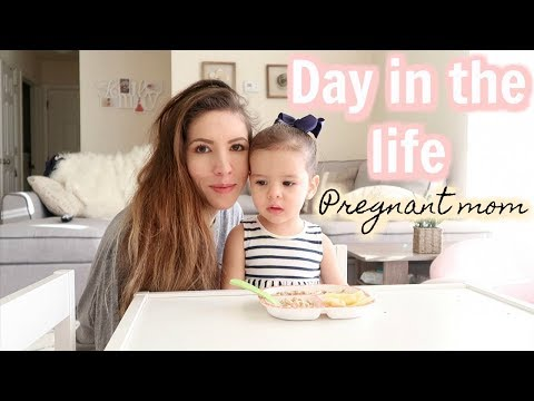 DAY IN THE LIFE OF A YOUNG MOM AND PREGNANT