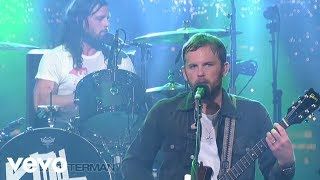 Music video by Kings Of Leon performing Use Somebody (Live on Lette...