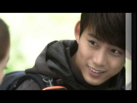 2PM Taecyeon singing You don't miss the water