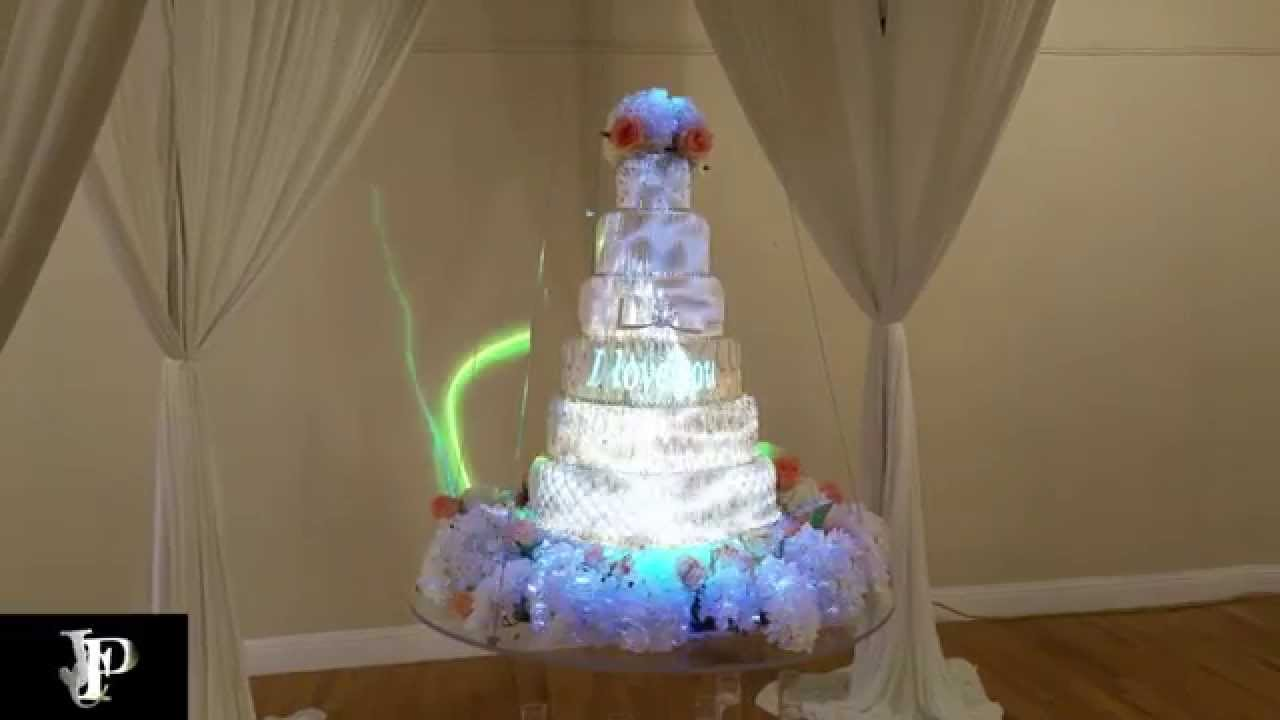 wedding cake projection forth worth cake projection mapping followspots uplights 23573