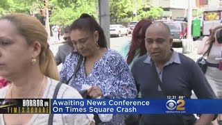 CBS2 Exclusive Video: Rojas' Family Arrives At Court