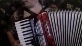 Кубачи.Красивая даргинская песня на гармошке!!!
