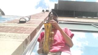 "Alex Mabe, saxophone - ""Easy Living"" (Jazz standard) - Busking in downtown Spokane, WA"