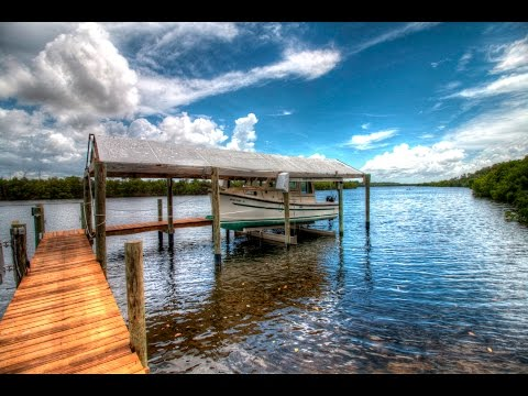 Waterfront Paradise - 2420 W Shell Point Rd, Ruskin, Florida