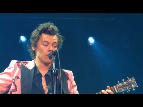 Harry Styles - Just A Little Bit Of Your Heart - Toronto