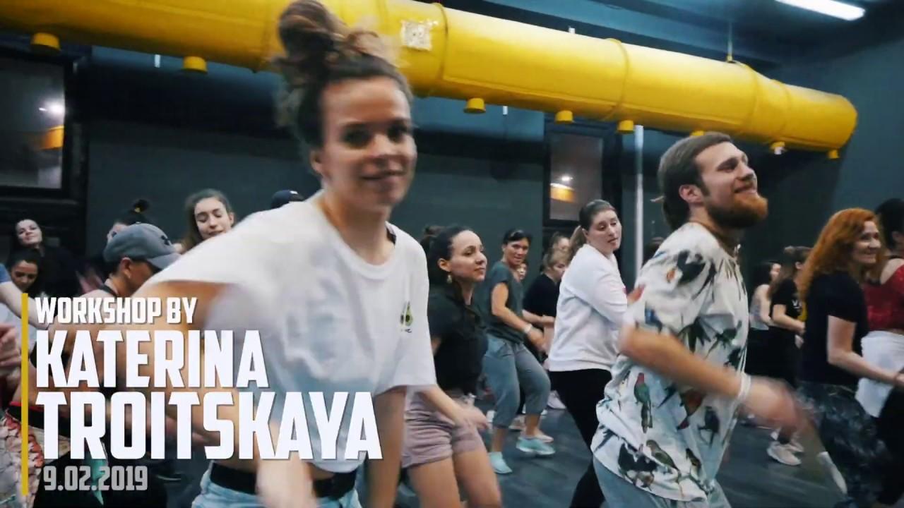 Download YEMI ALADE - OGA by Katerina Troitskaya (Dancehall Funk)