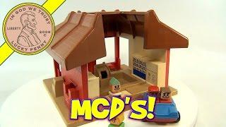 Vintage 1974 Playskool McDonalds Familiar Places Fast Food Restaurant Play Set