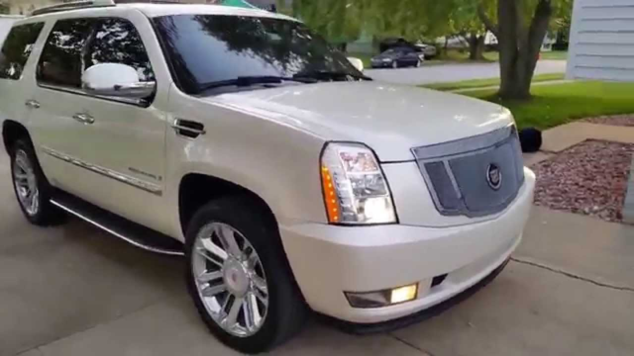 2007 Cadillac Escalade Custom on Factory 22`s