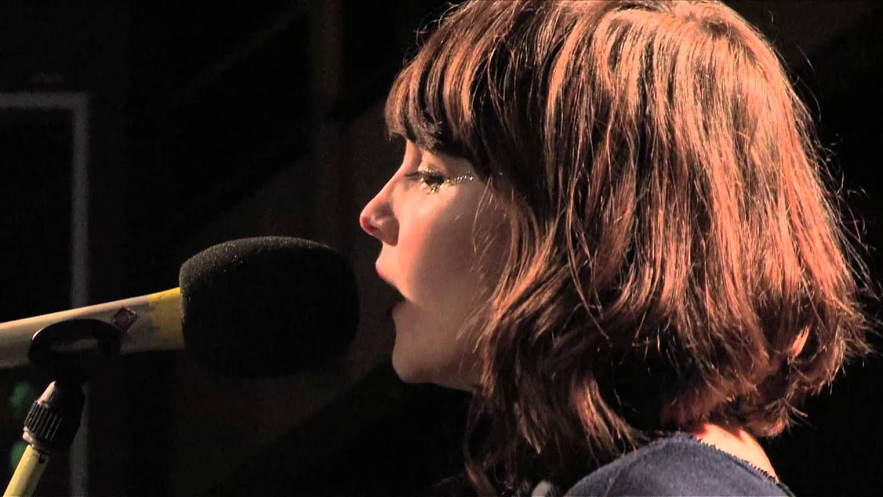 chvrches-the-mother-we-share-in-session-for-bbc-radio-1-bbc-radio-1
