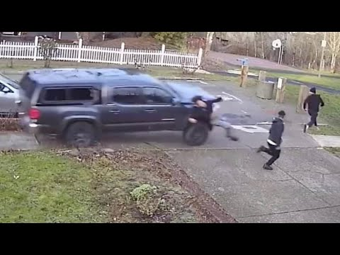Video shows pickup truck driver hit pedestrians in NE Portland