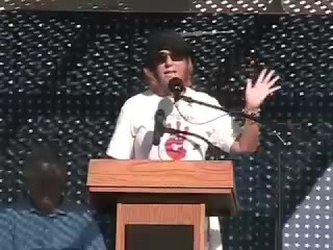 Cindy Sheehan at Fighting Bob Fest (9/8/07) Part 3 of 5