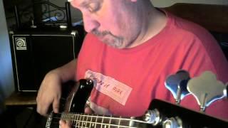 Bass Review Squier VM Jaguar SS Bass HD.