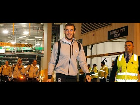 The team arrives to Melbourne