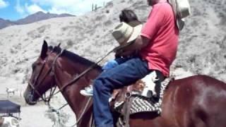 Montando al caballito Quebracho 2011-01-17 002.MOV_
