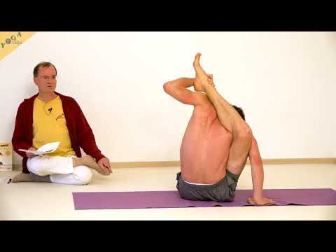 yogi-buddha-stellung-stellung-des-erwachten-yoga-pose-buddhasana-asanalexikon