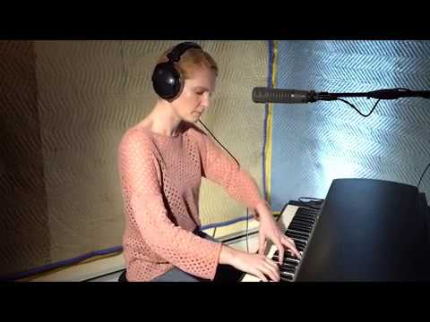 """MacKenzie Shivers Frontrunner Live Session """"The Unkindness"""" Mp3"""