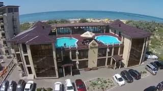 Белый Песок - пляжный отель в курорте Анапа(Отель «Белый песок» находится в Анапе на берегу Черного моря. Здание отеля построено по средиземноморскому..., 2016-07-13T04:35:44.000Z)