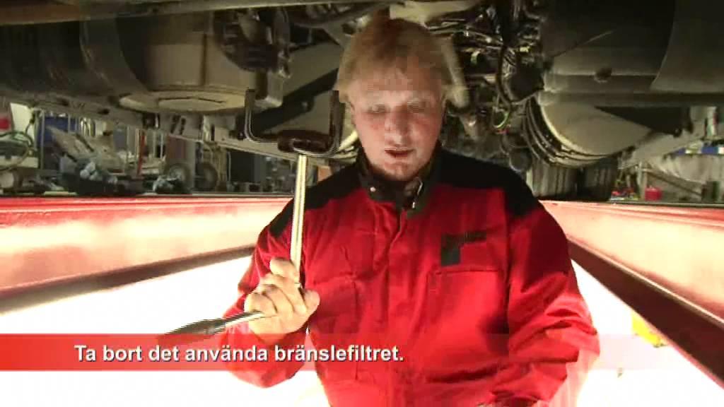 Byta bränslefilter v70 01