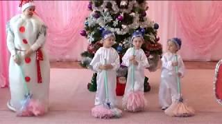 Баба яга и дед мороз Мультфильм для детей Детская сказка РУКАВИЧКА  детский сад Ручеек