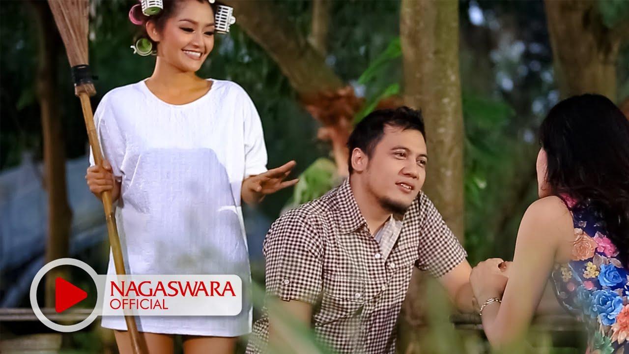 Download Siti Badriah - Suamiku Kawin Lagi (Official Music Video NAGASWARA) #music