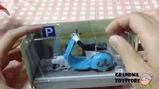 Unboxing Toys Review - Mini Scooter Unboxing Review - Retro Classic Look - Pull Back Motion
