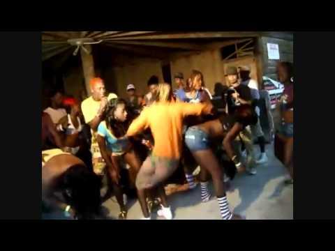 FUNNY RDX BENDOVER DANCE