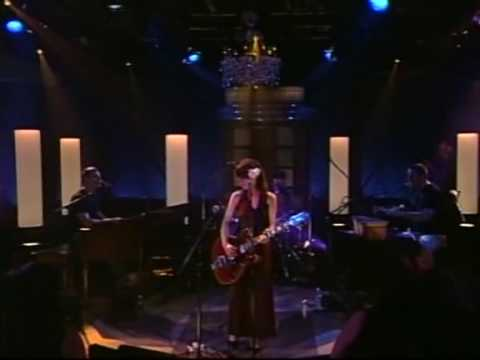 feist-secret-heart-live-at-the-rehersal-hall-sanchia-currie