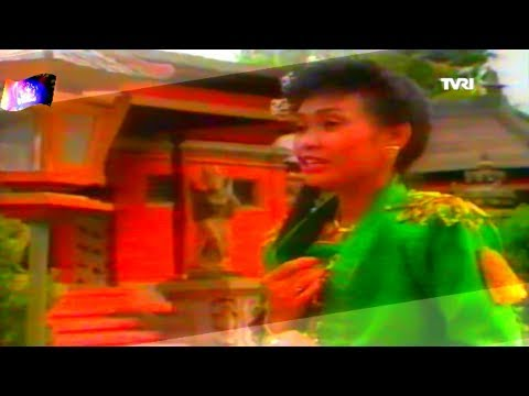 Indah Cinta Pertama ~ Elly Ermawati
