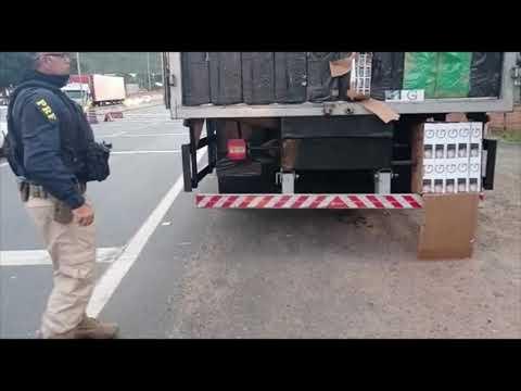 Caminhoneiro diz que levava laranjas, mas PRF encontra cigarro contrabandeado