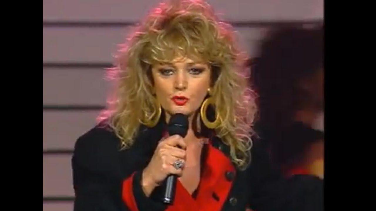 bonnie tyler quotholding out for a heroquot youtube
