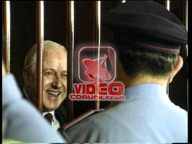 RAFFAELE CUTOLO Aula di tribunale di Castel Capuano 1995
