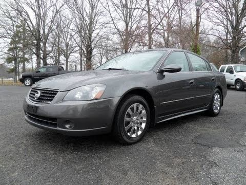 Short Takes: 2006 Nissan Altima 2.5 S Special Edition (Start Up, Engine,  Full Tour)